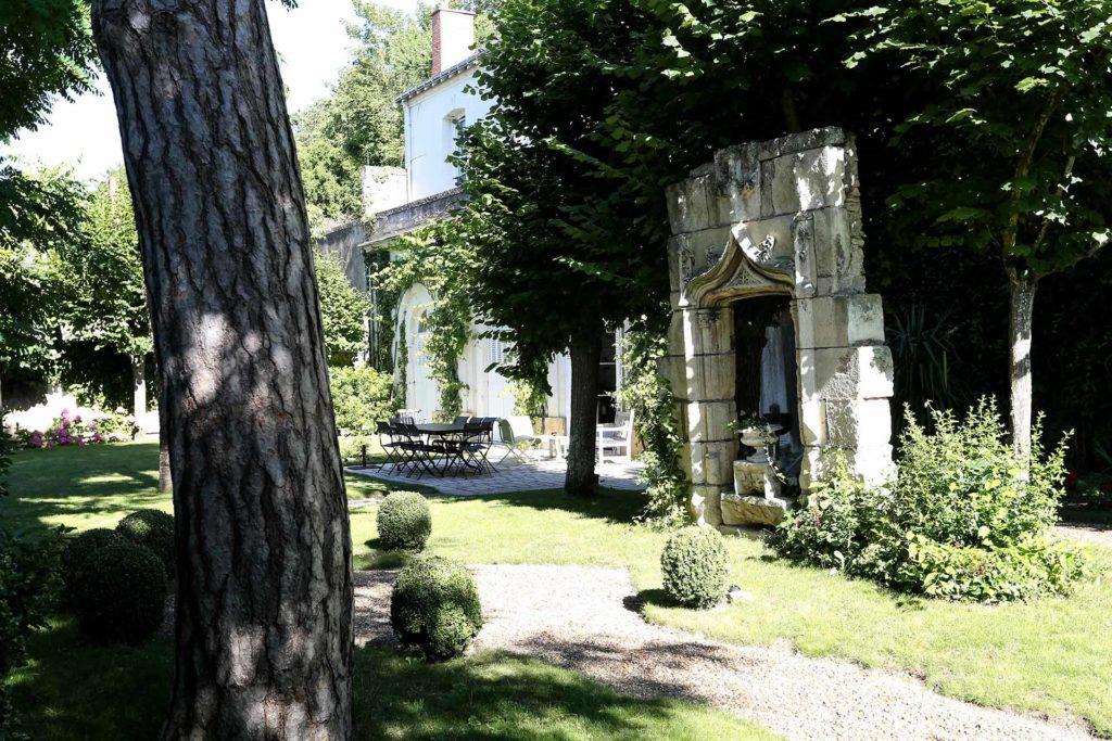 Serrault Jardins, paysagiste réalise vos allées et accès.