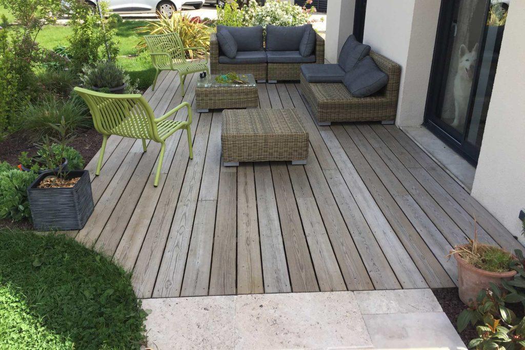 Votre prestataire à Tours et aux environs pour les terrasses en imitation bois.