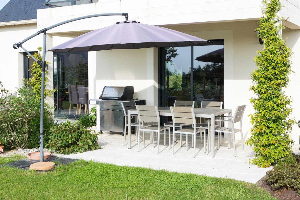 Vous souahitez un professionnel sérieux et fiable, Serrault Jardins est le spécialiste du jardin, de la terrasse et des accès dans le 37 en Indre et Loire.