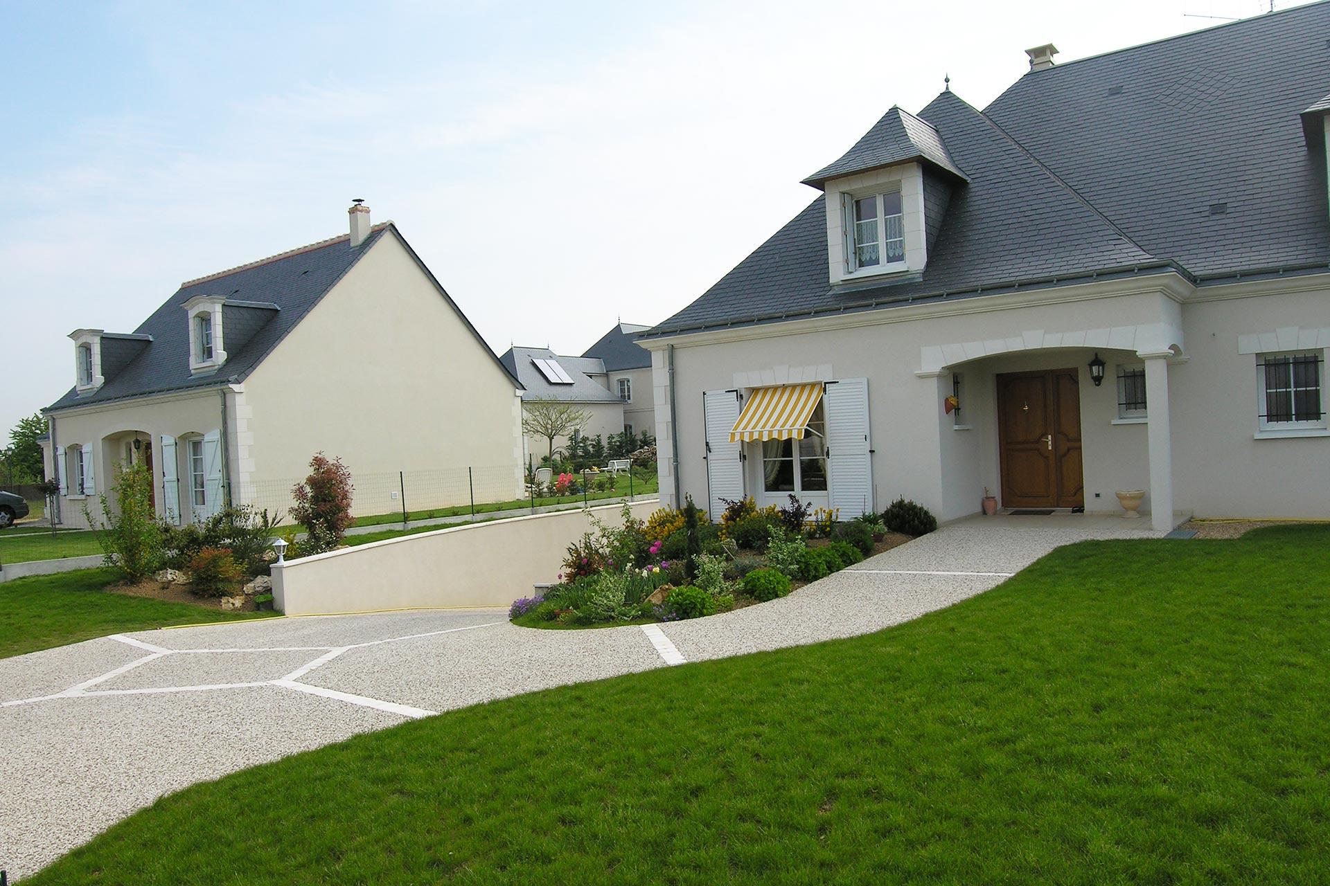 Serrault Jardins, paysagiste à la Ville aux Dames dans le 37 aménage l'ensemble de vos extérieurs sur différentes communes d'indre et loire.