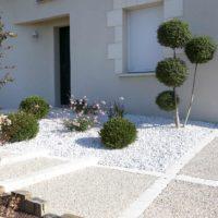 Serrault Jardins, entreprise du paysage sur La Villes aux Dames dans le 37 vous propose des accès de garage en pavés.