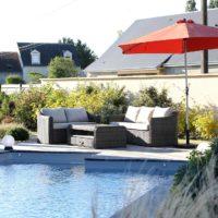 Serrault Jardins conçoit vos abords de piscine.