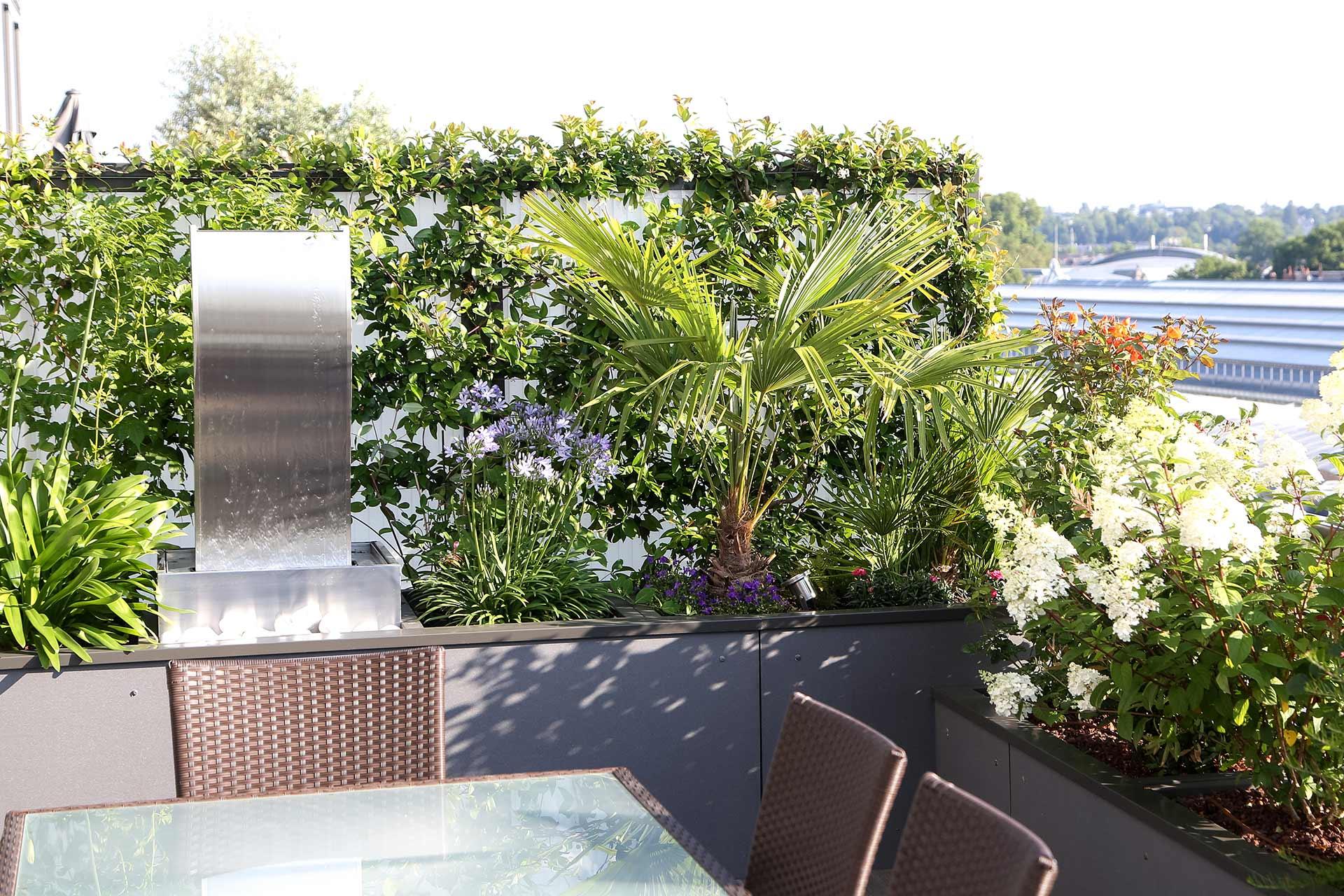 Entreprise du paysage, Serrault Jardins crée vos terrasses.