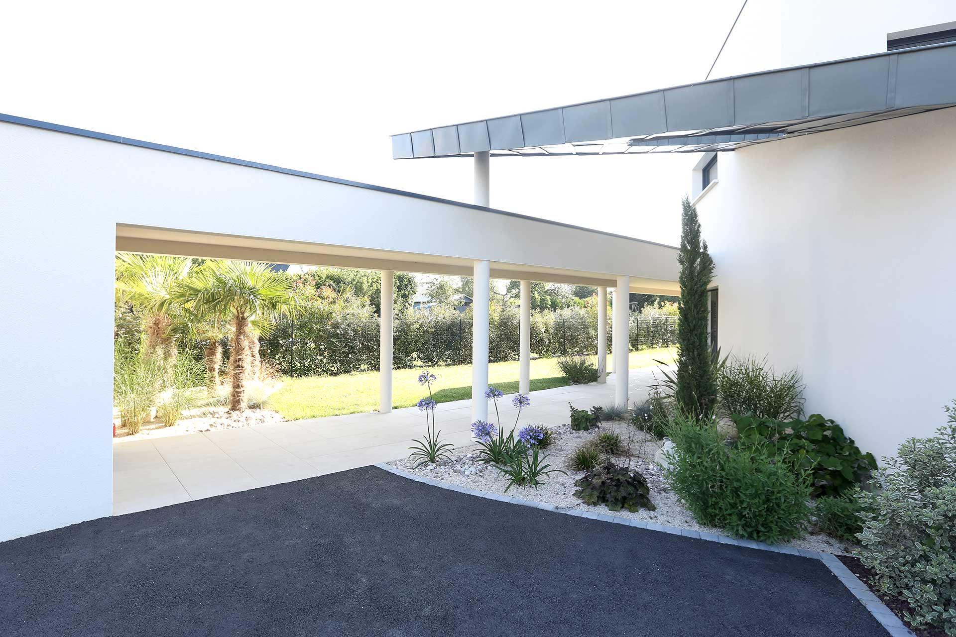Serrault Jardins, crée des accès et allées.