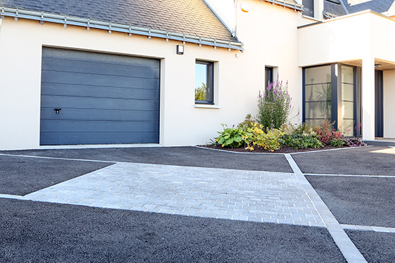 Serrault Jardins, entreprise du paysage à Tourspropose la création d'accès de garage.
