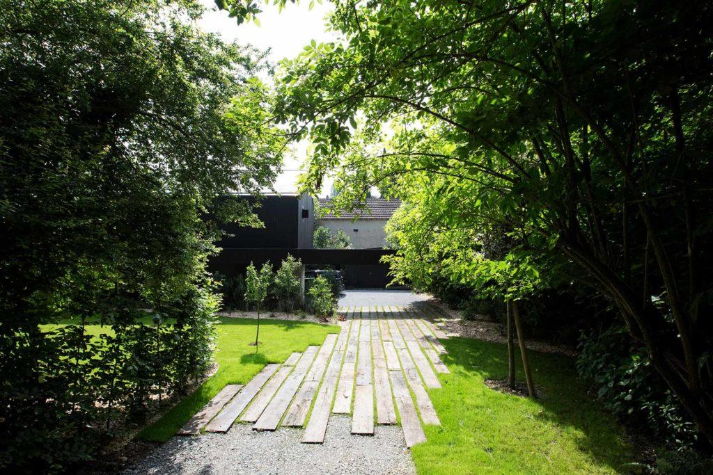 Serrault Jardins crée vos allées et accès.