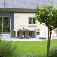 Paysagiste à la Ville aux Dames, Serrault Jardins vous propose la création de votre aménagement paysager.