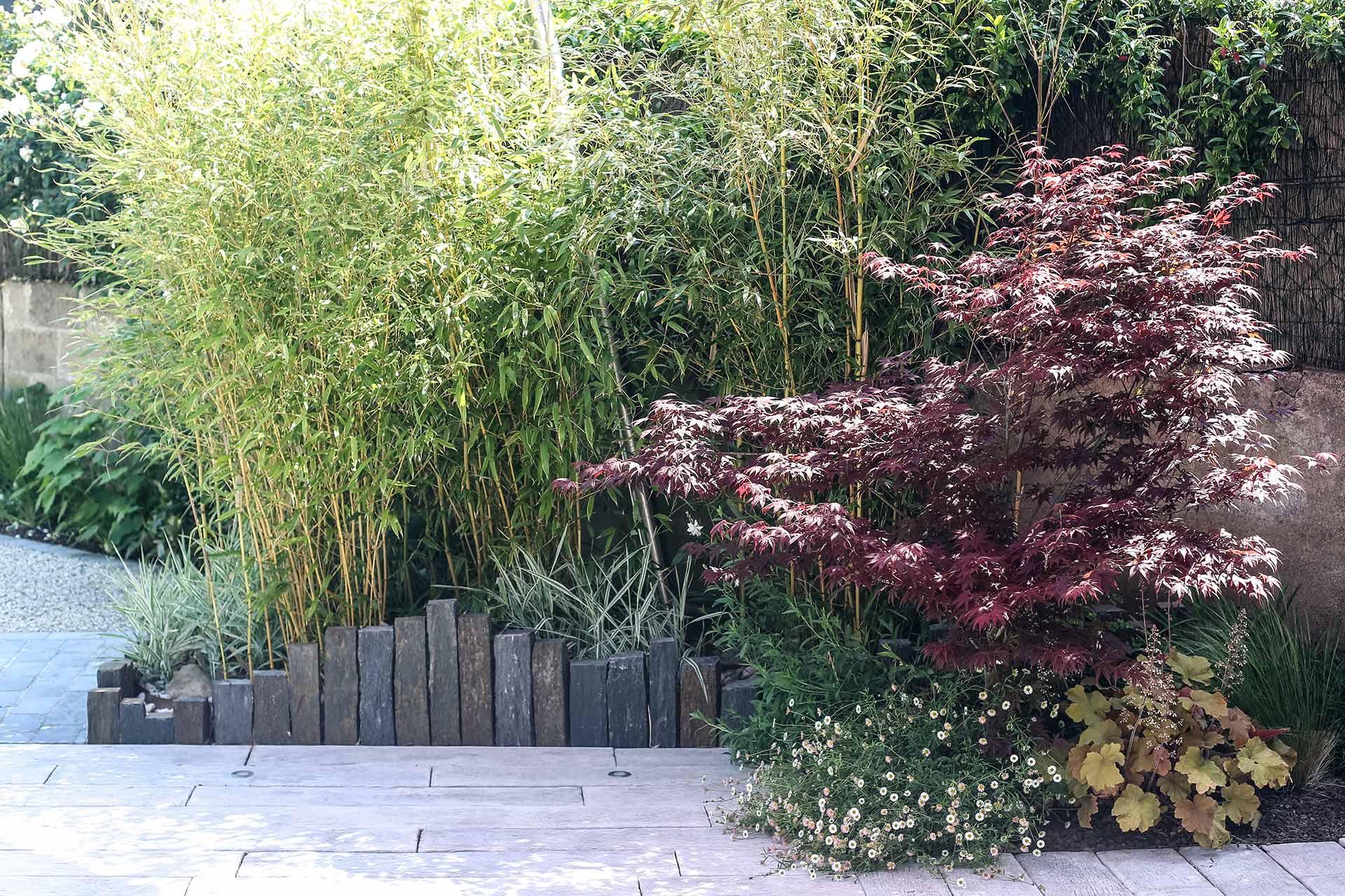 Serrault Jardins, aménage vos extérieurs et notamment les allées et accès.