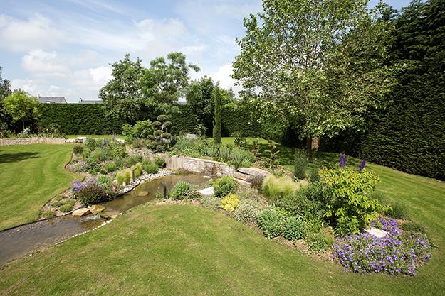 Serrault Jardins, paysagiste en Indre et Loire. vous propose ses services pour vos terrasses.